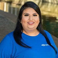 Mayra – Dental Assistant